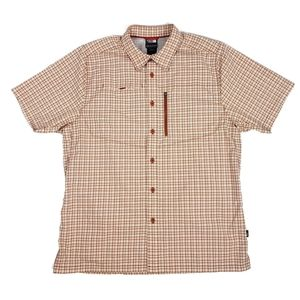 North Face Men's size Medium shirt